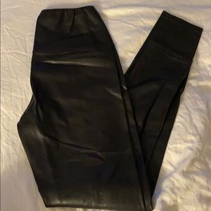 Aritzia vegan leather daria legging